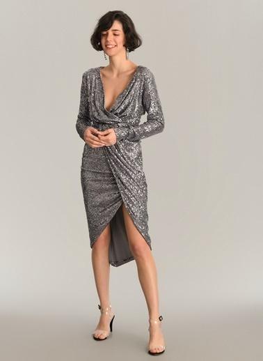 Agenda Payet İşlemeli Kruvaze Elbise Gümüş